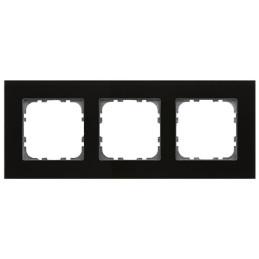 MDT BE-GTR3S.01 / Рамка стеклянная 3-местная, цвет черный